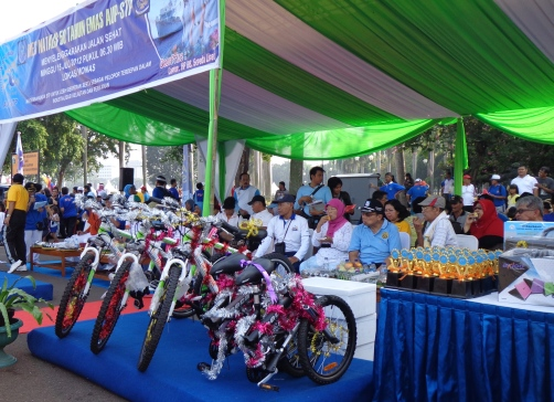 Door prize....ada sepeda gunung, sepeda lipat, laptop sony vaio, dan masih banyak lagi....